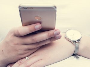 iphone-1032779_640